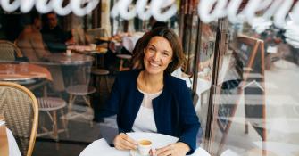 Véronique Marimon, Membre du comité de direction et Chief of Staff chez Salesforce dans Radio ConvictionsRH | ConvictionsRH